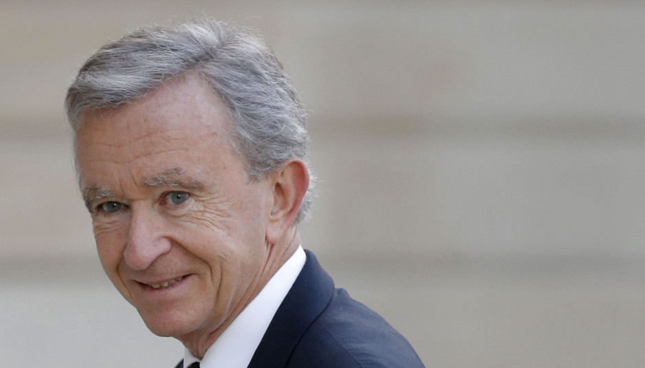 LVMH Chief Executive Bernard Arnault arrives to attend a dinner at the Elysee Palace in Paris