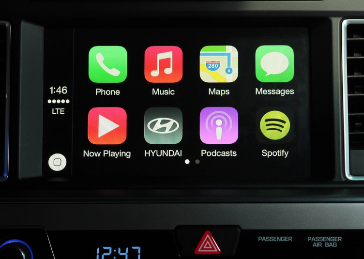 Hyundai-CarPlay-2015-Sonata